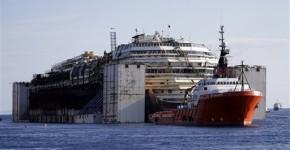 Il viaggio finale della Costa Concordia.